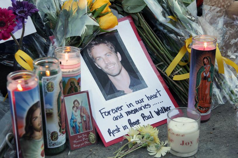Fani na całym świecie opłakują Paula Walkera /- /Getty Images