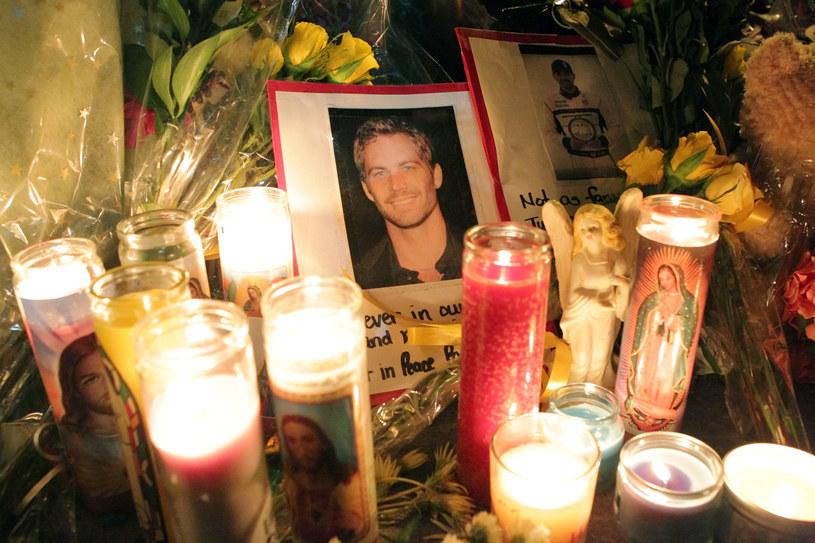 Fani składają hołd Paulowi Walkerowi /Getty Images
