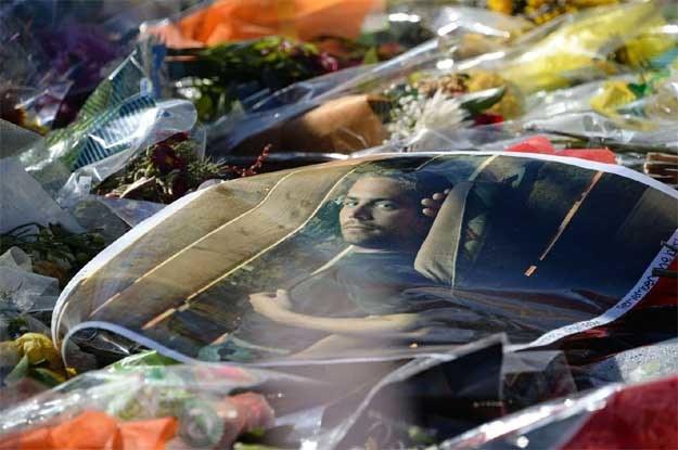 Fani wciąż pamiętają o Paulu Walkerze... /AFP