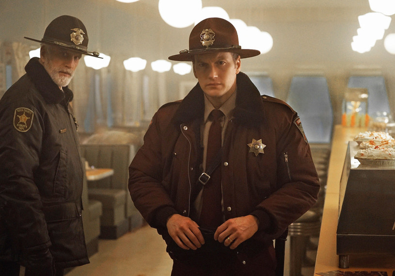 """""""Fargo"""" /2014 MGM Television Entertainment Inc. and Bluebush Productions, LLC. All Rights Reserved /materiały prasowe"""