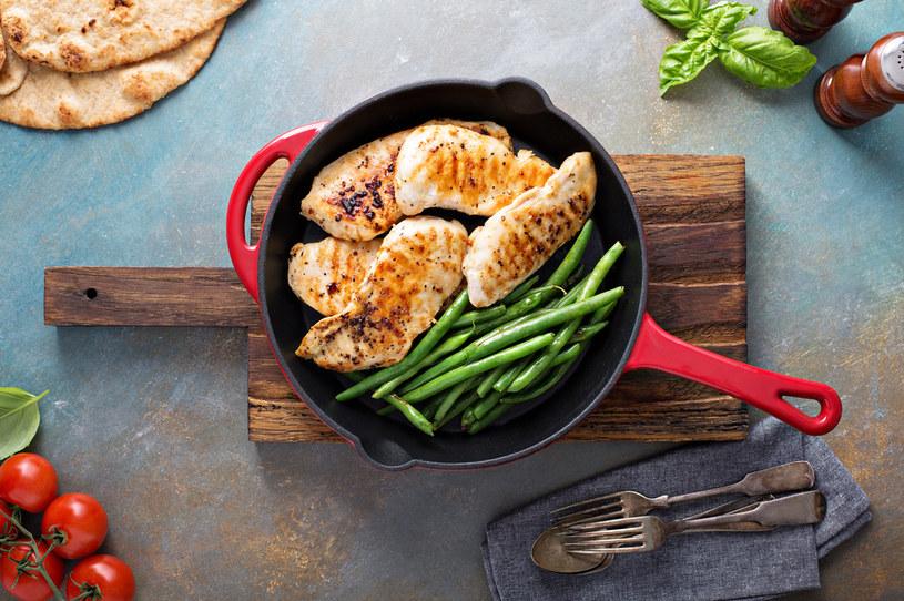 Fasolka szparagowa to idealny dodatek do wielu potraw /123RF/PICSEL