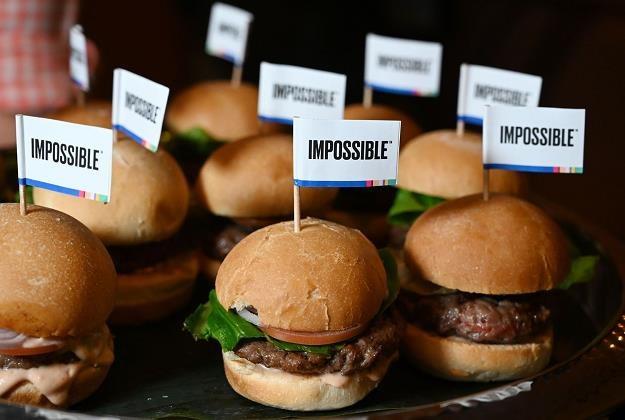 Fast foody niewiele zyskały na zakazie handlu w niedziele /AFP