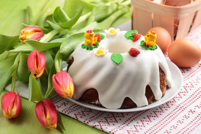 Faszerowane jajka, żurek czy pasztet, które w większości domów królują na świątecznych stołach, niespecjalnie nadają się dla małych dzieci /123RF/PICSEL