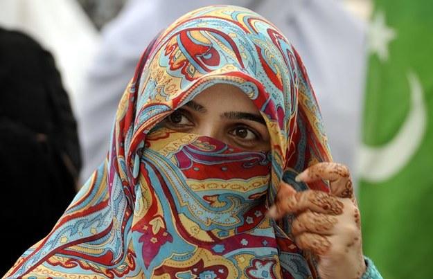 Fatwa zakazuje kobietom wizyt u lekarza bez mężczyzny /T. MUGHAL  /PAP/EPA