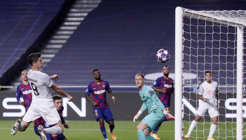 FC Barcelona - Bayern Monachium 2-8 w ćwierćfinale Ligi Mistrzów. Gol Roberta Lewandowskiego