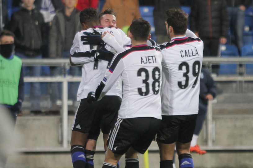 FC Basel po raz czwarty w tym sezonie pokonał Lecha Poznań /Andrzej Grupa /INTERIA.PL