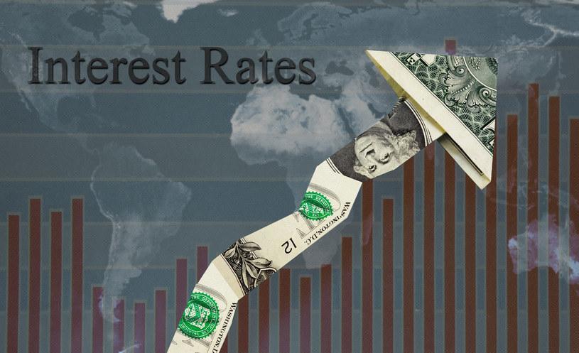 Fed z podwyżką stóp poczeka do jesieni? /123RF/PICSEL