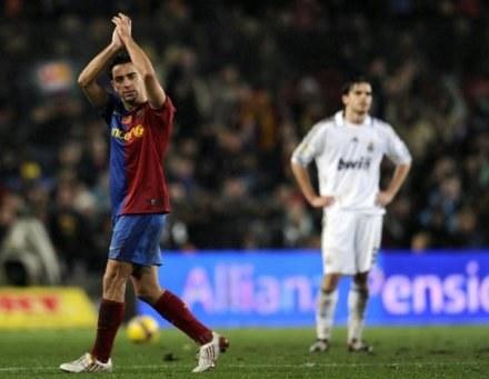Federacja statystyków futbolu doceniła Xaviego /AFP