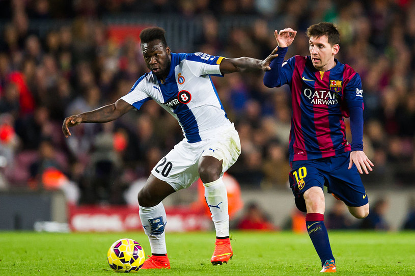 Felipe Caicedo i Lionel Messi w meczu Primera Division /Getty Images