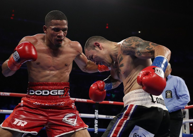 Felix Verdejo w pojedynku z Bryanem Vasquezem /AFP