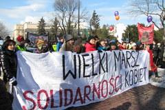 """Feministki """"solidarne w kryzysie"""", czyli warszawska Manifa"""