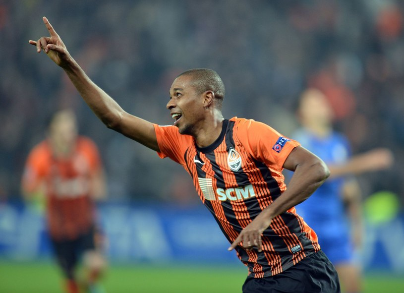 Fernandinho zagra w Manchesterze City /AFP