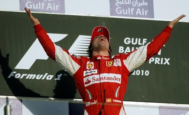 Fernando Alonso wygrał wyścig o Grand Prix Bahrajnu /AFP