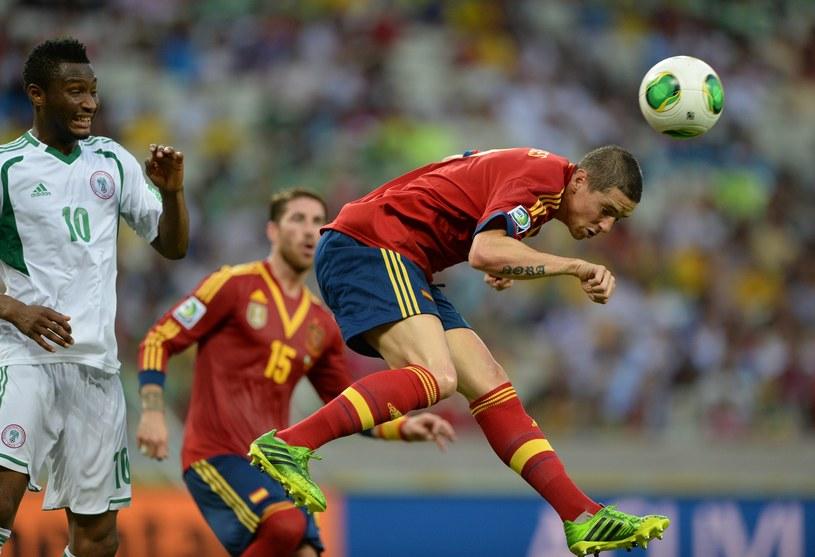 Fernando Torres strzela gola dla Hiszpanii w meczu z Nigerią /AFP