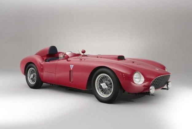 Ferrari 375-Plus z 1954 roku sprzedano za 10,7 mln funtów! /