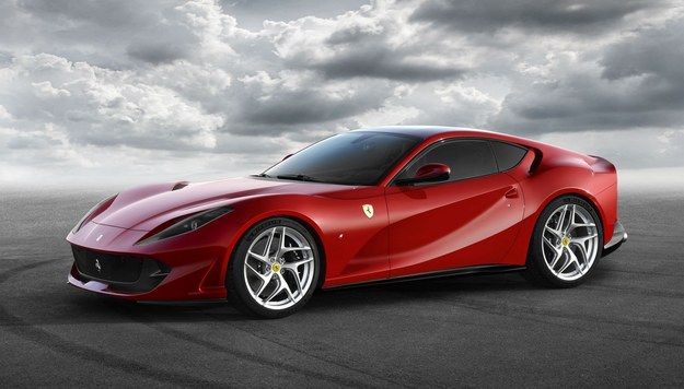 Ferrari 812 Superfast /Ferrari