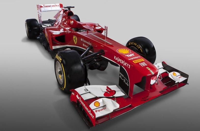 Ferrari F138 /