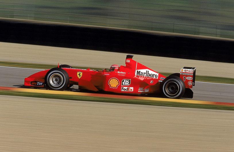 Ferrari F2001 z Schumacherem za kierownicą /Getty Images