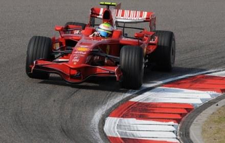 Ferrari nie chce wprowadzenia standardowych silników w F1 /AFP