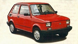 Fiat 126 wjeżdża w 1997 rok z... katalizatorem