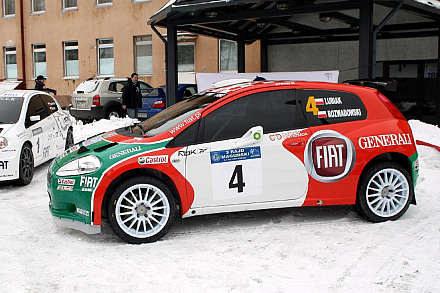 Fiat grande punto 2000 / kliknij /INTERIA.PL