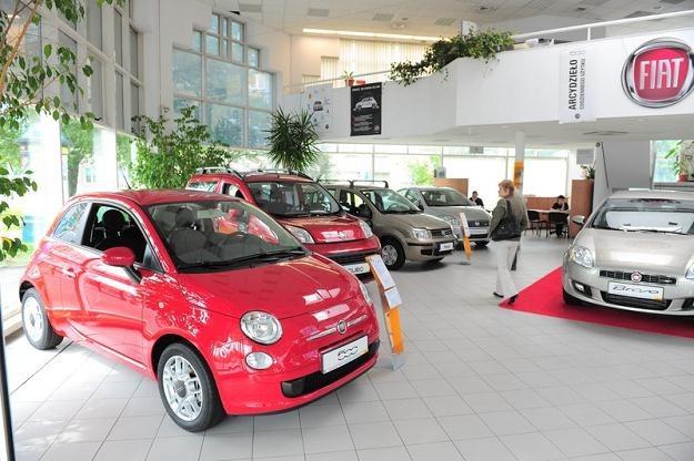 Fiat zanotował duży spadek sprzedaży /Agencja SE/East News