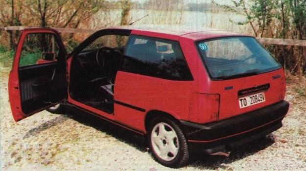 Fiat zdecydował się wreszcie na wypełnienie luki istniejącej w ofercie. Każdy model Tipo można już nabyć w wersji 3-drzwiowej. /Motor