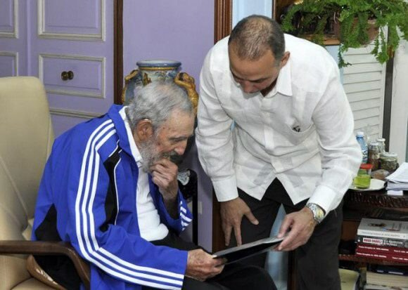 Fidel Castro i Antonio Guerrero /PAP/EPA