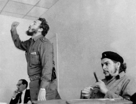 "Fidel Castro i Ernesto ""Che"" Guevara /AFP"