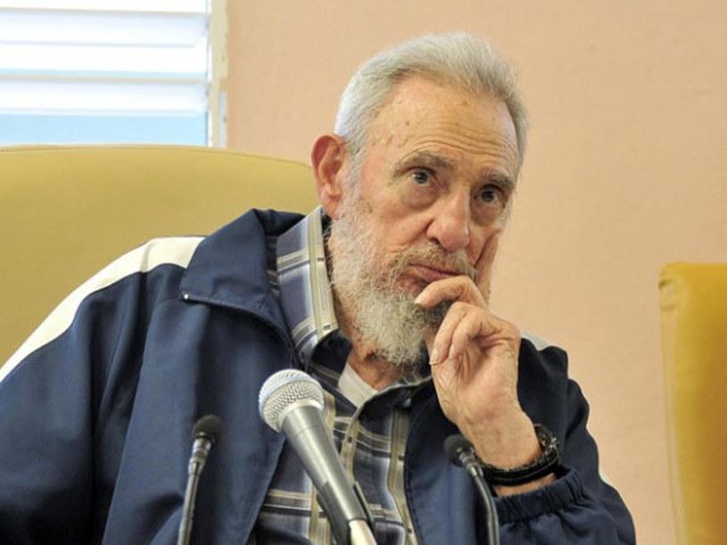 Fidel Castro pojawił się publicznie pierwszy raz od dziewięciu miesięcy /AFP
