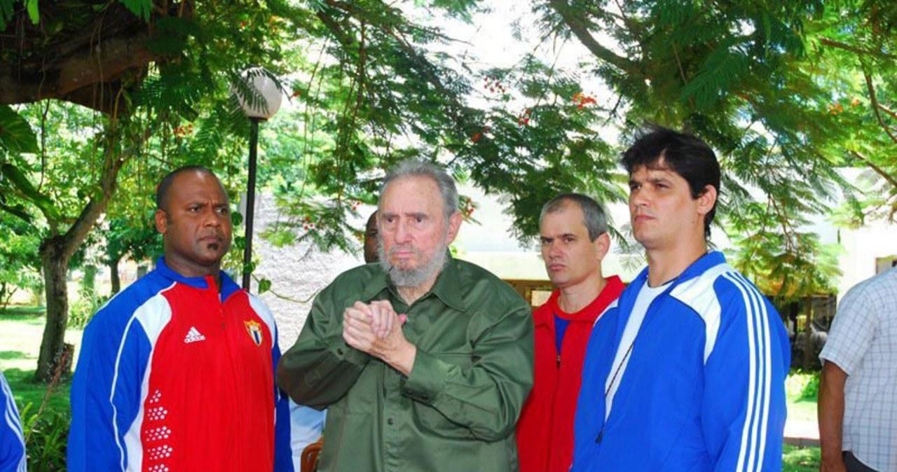 Fidel w wojskowej koszuli