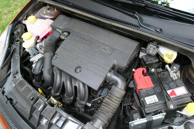 Fiesta z silnikiem 1.25 jest o niebo lepsza od archaicznej wersji 1.3. /Motor