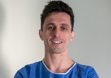 doktor nauk medycznych, chirurg ze Szpitala im. Żeromskiego w Krakowie