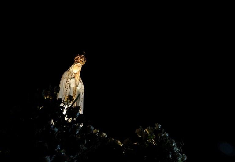 Figura Matki Bożej Fatimskiej /AFP