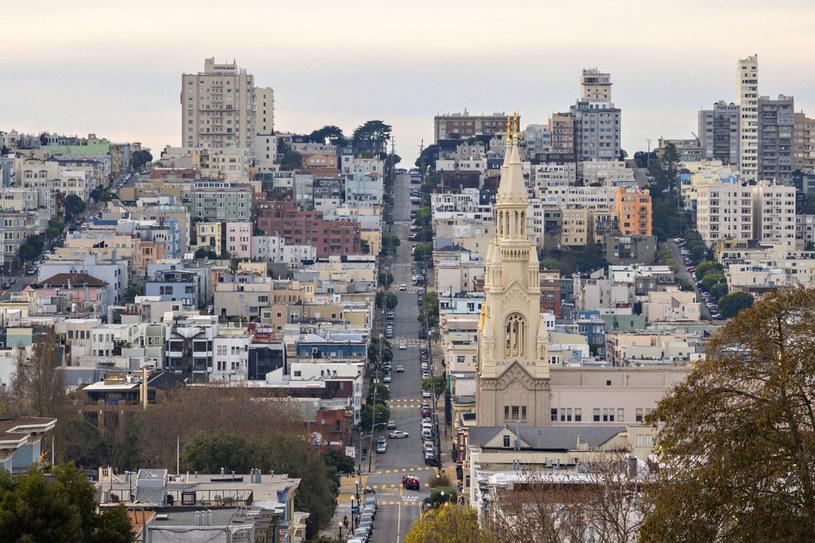Filbert Street. W mieście o powierzchni 121,4 km² nie ma gdzie budować nowych mieszkań. Ceny nieruchomości szybują w górę /123RF/PICSEL