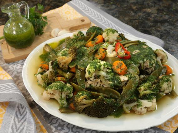 Filety z indyka z warzywami na parze /Polsat