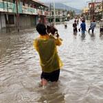 Filipiny: Supertajfun uderzył w wybrzeże. Są ofiary