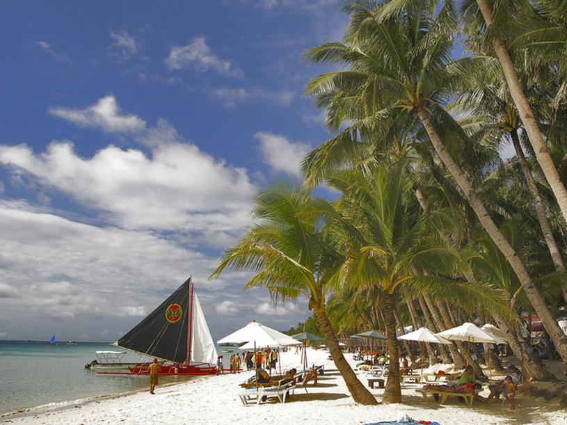 Filipiny to raj dla ciepłolubnych - piekne plaże zachęcają do kąpieli niemalże cały rok  /© Panthermedia