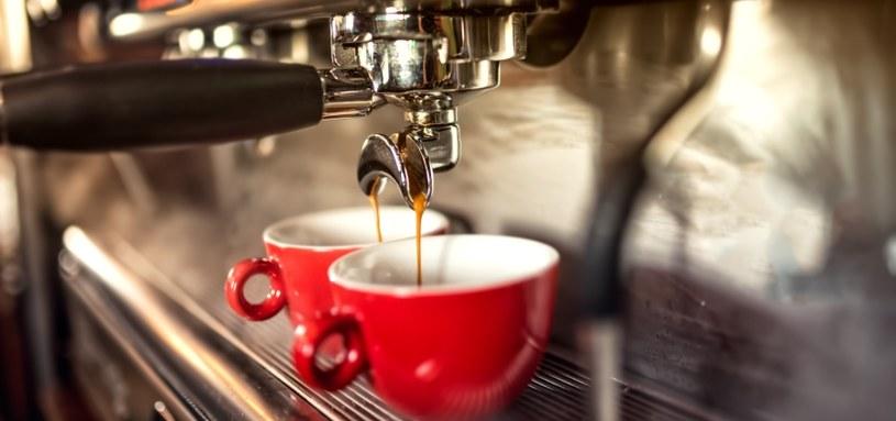 Filiżanka kawy to najlepszy sposób na dodanie sobie energii /123RF/PICSEL