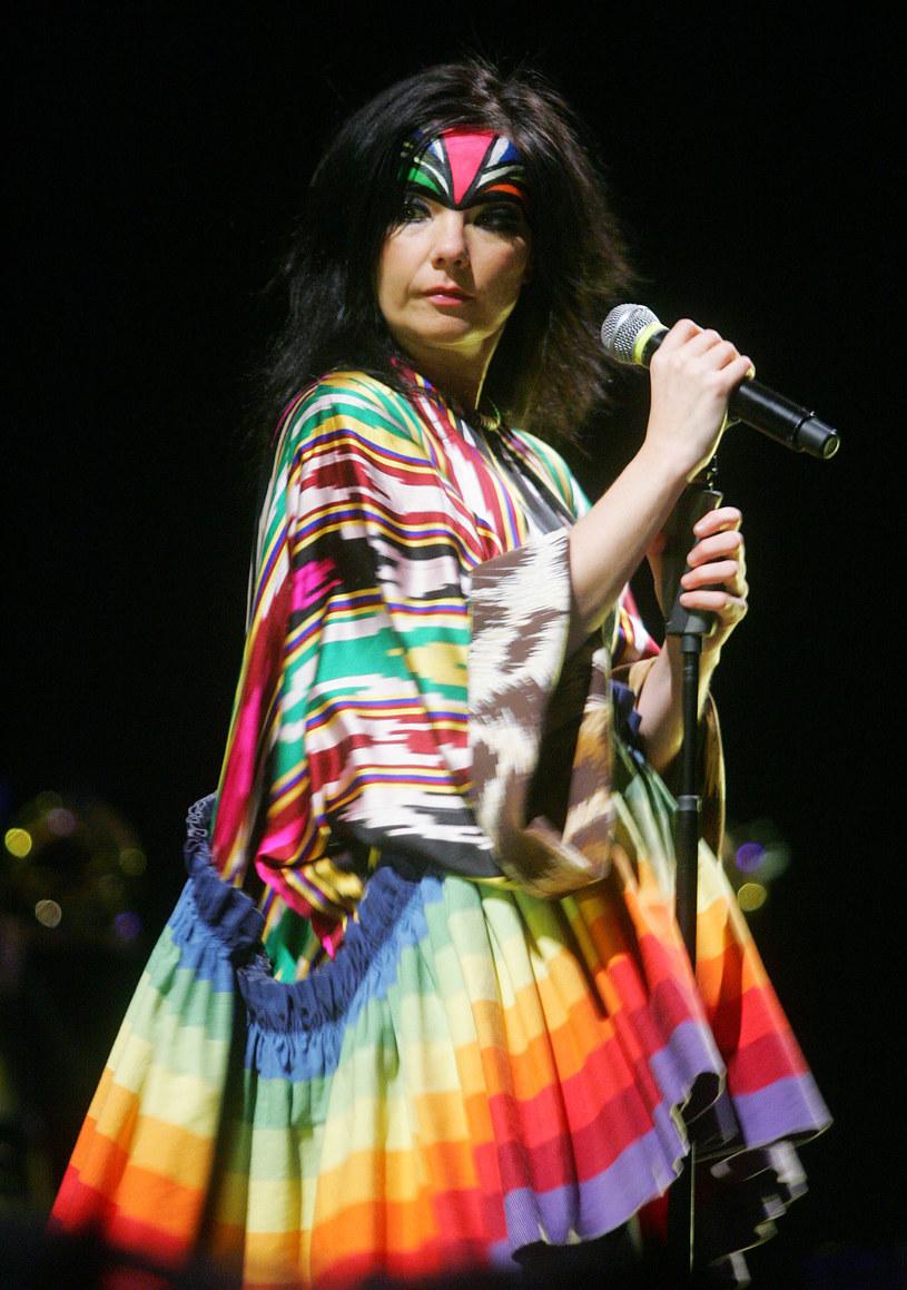 """Film """"Tańcząc w ciemnościach"""" Larsa von Triera z Björk w roli głównej wszedł na ekrany w 2000 roku /China Photos /Getty Images"""