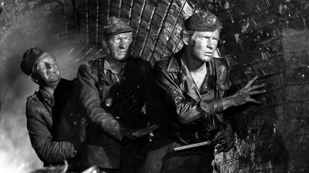 - Film w ciemnościach kanałów nie zapowiadał sukcesu w kinach - wspomina Andrzej Wajda /EAST NEWS/POLFILM
