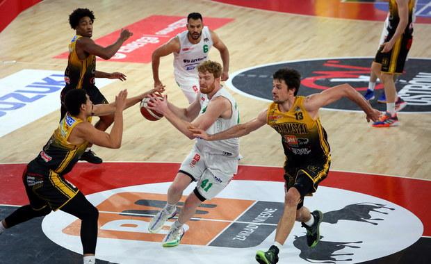 Finał Energa Basket Ligi: Koszykarze Zastalu Zielona Góra (nieco) bliżej tytułu