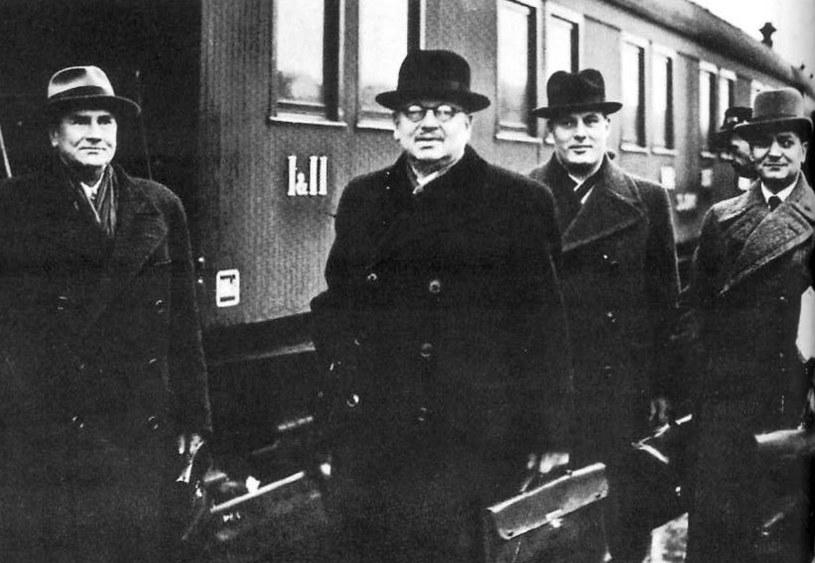 Fińska delegacja, która w październiku 1939 roku udała się na rozmowy do Moskwy /domena publiczna