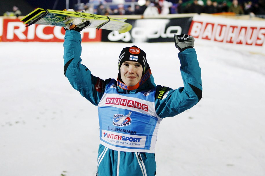 Fiński skoczek narciarski Harri Olli /Andersen, Kristoffer Řverli /PAP/EPA