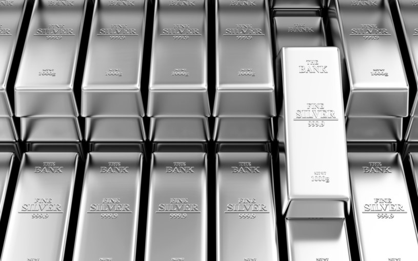 Firma KGHM Polska Miedź według rankingu portalu Kitco.com została w ubiegłym roku największym producentem srebra na świecie /123RF/PICSEL