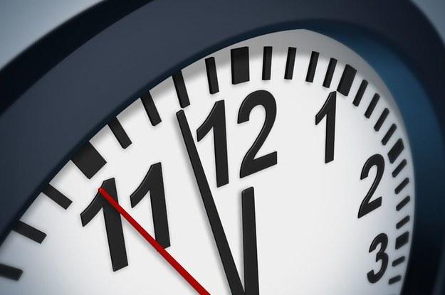 Firma może skrócić godziny pracy przed świętami /123RF/PICSEL