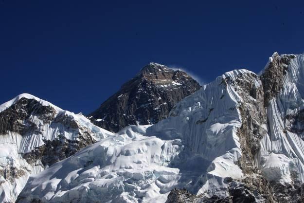 Firma telekomunikacyjna Ncell twierdzi, że jej instalacja jest pierwszą siecią 3G w obozie Everest /AFP