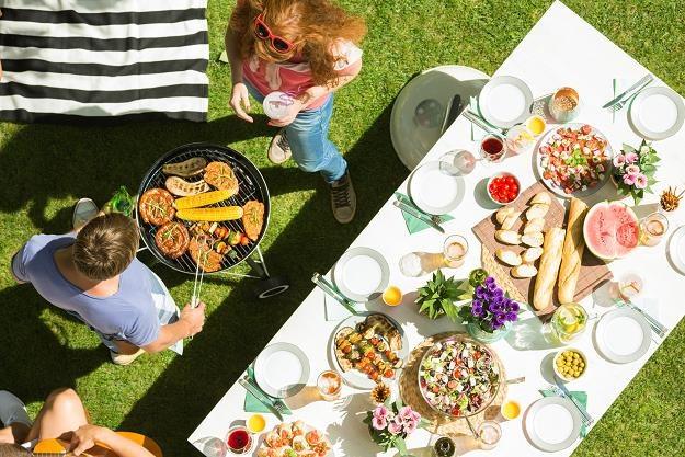 Firmowe imprezy plenerowe podczas wakacji pod okiem fiskusa /©123RF/PICSEL