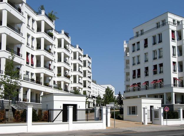Firmy budujące mieszkania liczą na powrót do wyższych marż /© Panthermedia