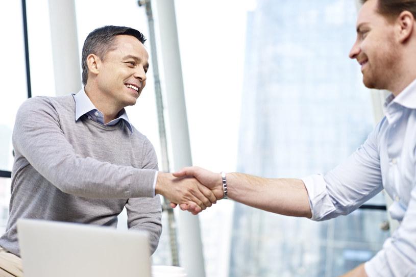 Firmy planują zwiększenie zatrudnienia i wzrost płac /123RF/PICSEL